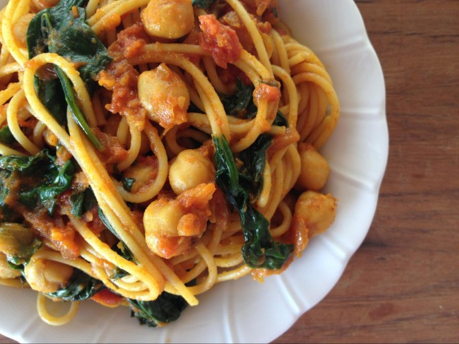 Meatless Monday – Spaghetti with Chickpeas, Indian Style